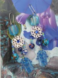 """Boucles d'oreilles """"Blue Dream"""" aux perles bleues"""