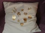 art textile mode autres trefle main de fatima symboles coussin : Housse de coussin écru 'Symboles' dorés