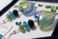 """Boucles d'oreille """"Coeur-Arlequin"""" vert, bleu et"""