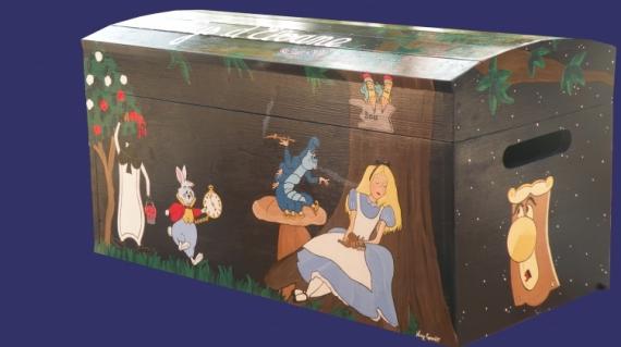 BOIS, MARQUETERIE coffre a jouets à cu coffre a jouets cust coffre à jouets pers alice aux pays des m Personnages  - Coffre à jouets Alice