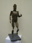 sculpture personnages homme tube dinan rennes medecin : L'homme tube