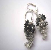 bijoux : Black glycine...