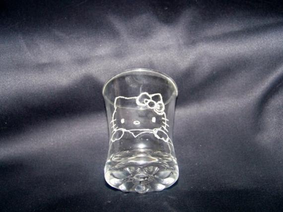 CéRAMIQUE, VERRE gravure verre personnage enfant Personnages  - gravure sur verre