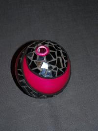 Vase rose habillé de noir (VENDU)