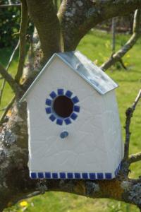 Nichoir blanc et bleu (VENDU)