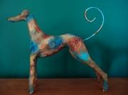 sculpture animaux levrier chien argile rouille : Skyr