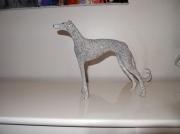 sculpture animaux levrier chien pierre courbe : Granite