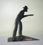 deco design personnages acier statue chasse picardie : Le Chasseur picard en acier
