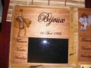 bois marqueterie animaux cheval portrait bois ardoise : PYROGRAVURE CHEVAL BIJOUX