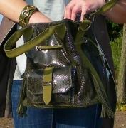 art textile mode animaux sac cuir python sellier : Sac CELINE vert PYTHON