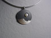 bijoux abstrait : Collier argent oxydé perle de culture