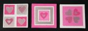 tableau abstrait moderne contemporain glamour relief : Triptyque coeurs rose fuschia argent