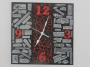 tableau abstrait montre rouge nom de ville : Montre