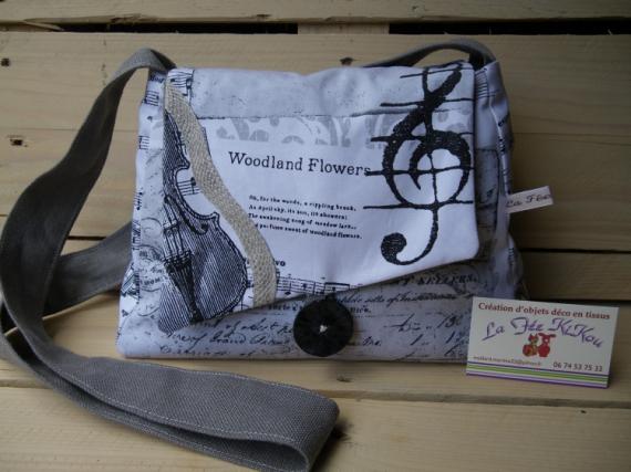 ART TEXTILE, MODE sac à main thème musique clé de sol violon  - sac à main thème: musique