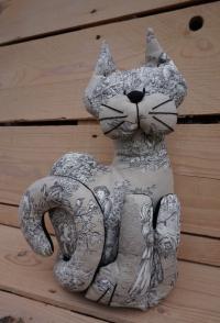 Chat lesté cale-porte toile de Jouy beige