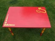 deco design animaux table enfant rouge animal imaginaire decoration : table primaboatum à clochette