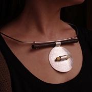 """bijoux bijoux contemporains adeline beaujoin : Collier """"Contem-préhistorique"""""""