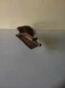 sculpture animaux sculpture vieux outils pont saint esprit france : Hérisson brosse