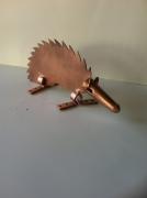 sculpture animaux sculpture vieux outils pont saint esprit france : Le hérisson lame
