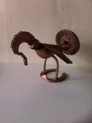 sculpture animaux sculpture vieux outils pont saint esprit france : Le dindon