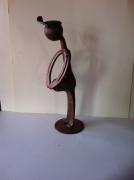 artisanat dart personnages sculpture vieux outils pont saint esprit france : dame enceinte
