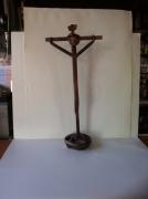artisanat dart personnages sculpture vieux outils pont saint esprit france : le christ