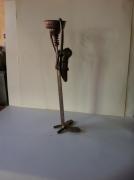 crafts abstrait sculpture vieux outils pont saint esprit france : Massai et l'enfant