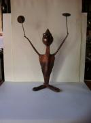 artisanat dart personnages sculpture vieux outils pont saint esprit france : Le clown