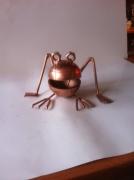 artisanat dart animaux sculpture vieux outils pont saint esprit gard : la grenouille