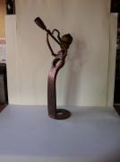 crafts personnages sculpture vieux outils pont saint esprit france : saxophoniste grand