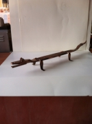 artisanat dart animaux sculpture vieux outils pont saint esprit france : Le crocodile