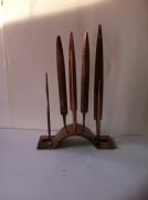 artisanat dart paysages sculpture vieux outils pont saint esprit france : la foret