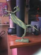 sculpture animaux artiste createur metal dore : le cheval cabré