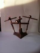 artisanat dart personnages sculpture vieux outils pont saint esprit france : Le mont des olivier