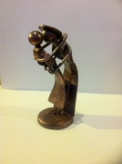 sculpture personnages sculpture vieux outils pont saint esprit gard : Les retrouvailles
