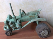 artisanat dart abstrait sculpture pont saint esprit gard les bruyeres : Tracteur