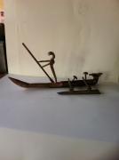 artisanat dart personnages sculpture vieux outils pont saint esprit france : La barque d'anubis