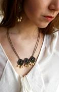 autres autres boucles d oreil bronze gouttes de verre perles : Vénus