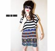 """art textile mode kitsch cool decale feminin : La robe """"WALOU, à rayures noires et blanches et motifs ethn"""