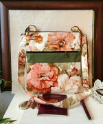 art textile mode fleurs sac tissu triple ouvertures sac fleurs orange vert sac tissu laura ashley sac ,a main dete : Sac bandoulière triple ouverture zippées, tissu coton floral Lau