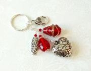 bijoux bijou de sac coeur heart and red glass bijou de sac verre f bijou de sac rouge : Bijou de Sac Coeur argenté, Verre indien filé et moulé rouge, Cr