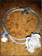 bijoux fleurs tendance mode unique romantique : Bracelet Lili Gris