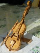 sculpture architecture petit violon en bois : petit violon