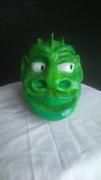 tableau personnages terre vert dragon regare : dragoune