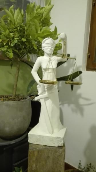 SCULPTURE justice sculpture thémis déesse Personnages Taille Pierre  - THEMIS