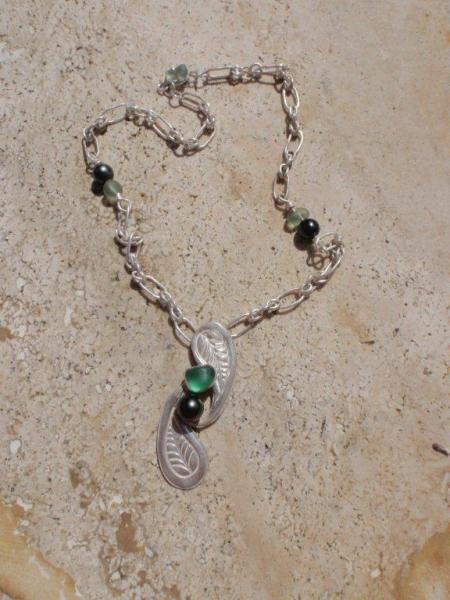 BIJOUX collier argent perles tahiti seaglass  - Fougère