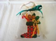 art textile mode autres chaussettes noel point de croix decoration : Déco de Noël