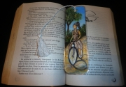 artisanat dart personnages provence velo marquepage fille : Marque-page La bicyclette