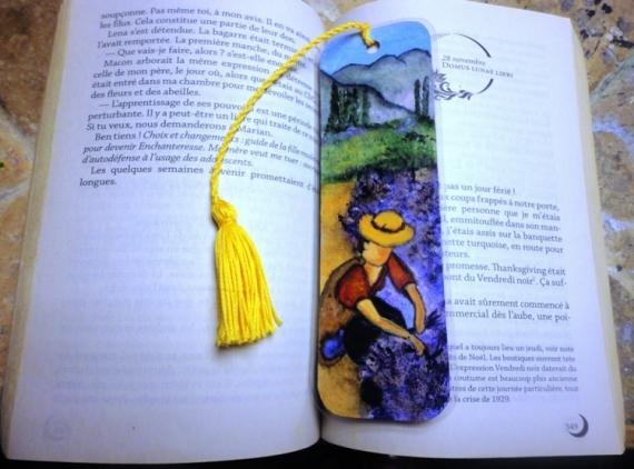 ARTISANAT D'ART provence sud lavande original Personnages  - Marque-page La cueillette de la lavande