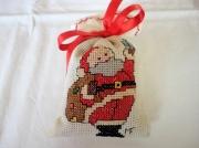 art textile mode personnages perenoel noel point de croix decoration : Déco de Noël